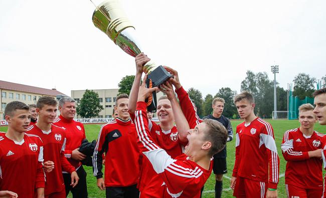 """FM """"Ateitis"""" žaidėjams – Elitinės U-17 lygos auksas"""