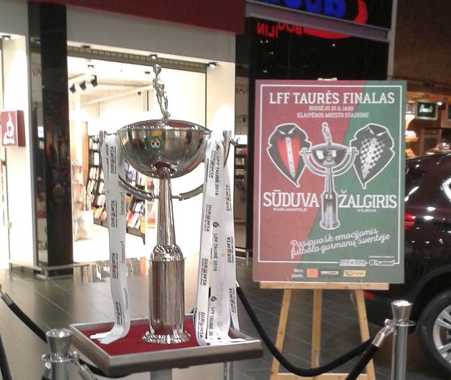 LFF taurė pas Klaipėdos merą atkeliavo lyg žvaigždė