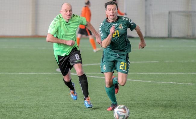 Vasario 16-osios futbolo turnyre – Kauno komandų dviguba šventė