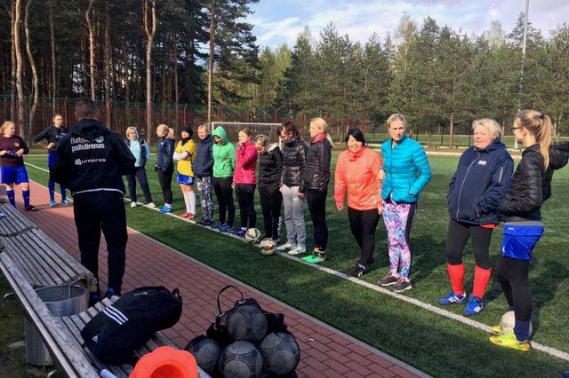 """Po """"Utenio"""" vėliava – moterų komanda"""