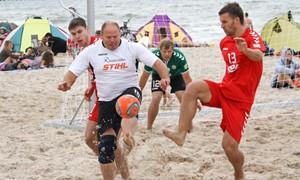 Paplūdimio futbolo čempionate po 2 turo išlieka trivaldystė