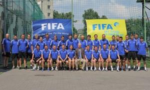Jaunųjų futbolininkų treneriams - FIFA instruktoriaus pamokos