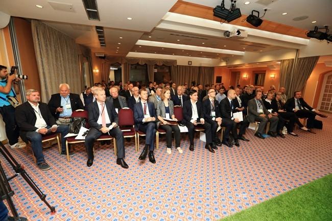 Birželio 3-iąją – antras Futbolo forumas