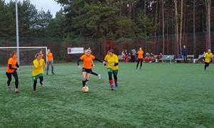 """""""Moterys už futbolą"""" renginys Utenoje pritraukė virš 100 dalyvių"""