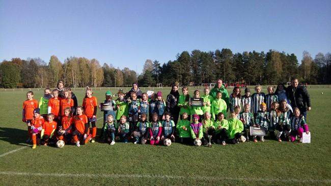 Mergaičių mažojo futbolo čempionatą laimėjo kaunietės