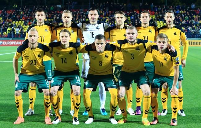 Pasirinko sudėtį rungtynėms su Čekija ir Anglija