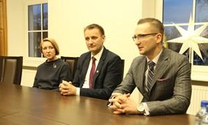 LFF prezidentas Šiauliuose lankėsi savivaldybėje ir kitose įstaigose