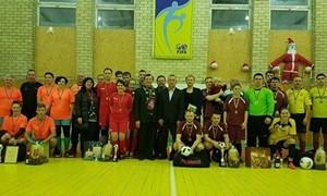 Praūžė kalėdinis šeimų turnyras Šventupėje