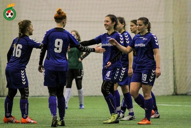 Dėl LMFA Žiemos taurės kovos 4 komandos