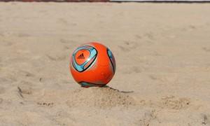 Pirmosios žiemos paplūdimio futbolo pirmenybės ruošiasi startui