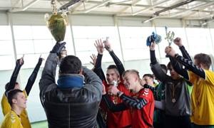 """Kaune gimnazijos kovėsi dėl """"KAFF – Jono Jablonskio"""" taurės"""