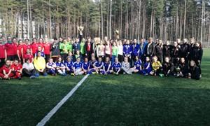 """""""Hummel taurės"""" turnyre rungėsi Aukštaitijos ir Latvijos merginos"""
