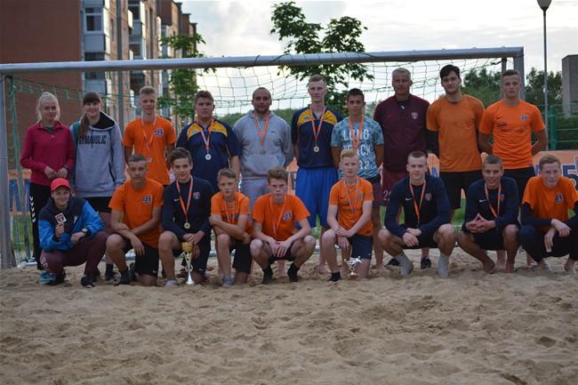 Gargžduose vyko paplūdimio futbolo turnyras