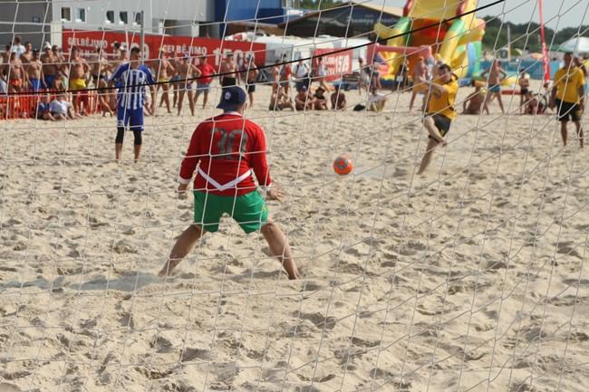 Pradeda registraciją į paplūdimio futbolo čempionatą