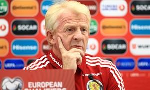 """G. Strachanas: """"Lietuvai parodysime didelę pagarbą"""""""
