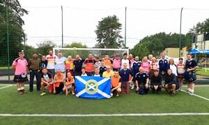 Škotijos fanų parama – socialiniam jaunimo ugdymui
