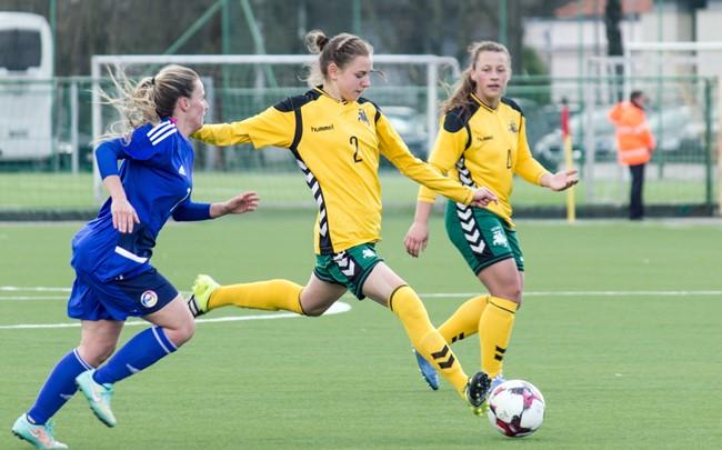 Moterų futbolo šviesulys L. Vaitukaitytė: ispaniško futbolo stilius man tinka