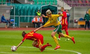 Antrosiose rungtynėse – skaudus rumunių kirtis
