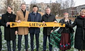 Karoliniškių aikštelės atidaryme – valdžios įsipareigojimai Lietuvos futbolo ateičiai