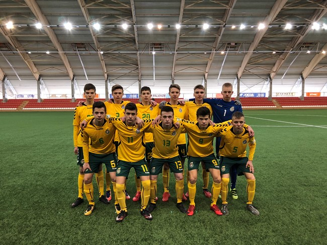 Rungtynėse su latviais išbandė Regionų pirmenybėse pasirodžiusius talentus