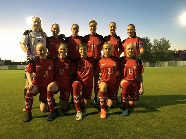 Kontrolines rungtynes Kipre sužaidė lygiosiomis