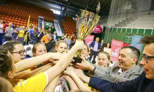 """Vilkijos gimnazistės triumfavo """"LadyGolo"""" superfinale"""