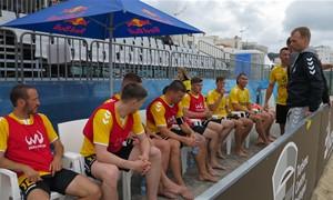 Paplūdimio futbolo čempionai IGOL Portugalijoje pasiekė svarbią pergalę
