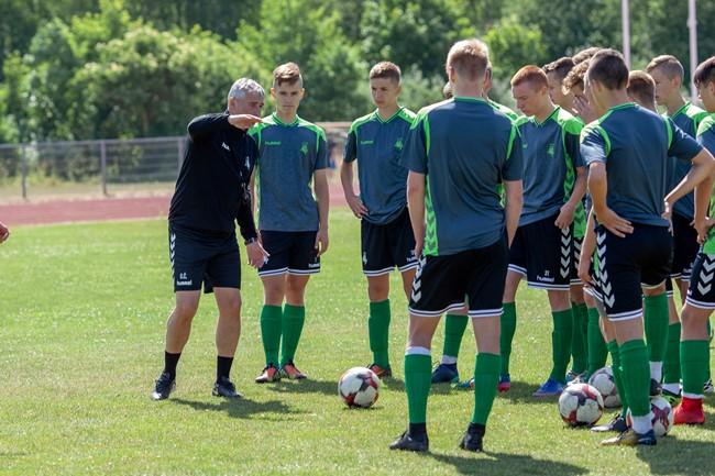 Į kovą dėl Baltijos taurės stos ir U-17 futbolo rinktinė