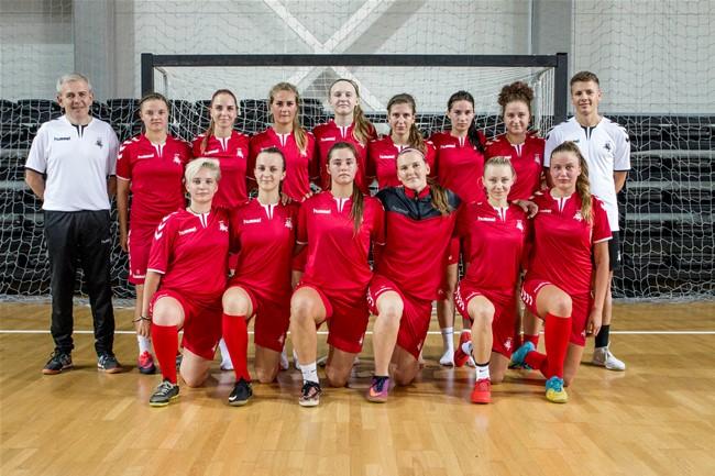 Moterų futsalo rinktinė rengiasi debiutui Europoje
