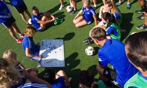 FIFA kursuose – patyrusios instruktorės patarimai Lietuvos treneriams