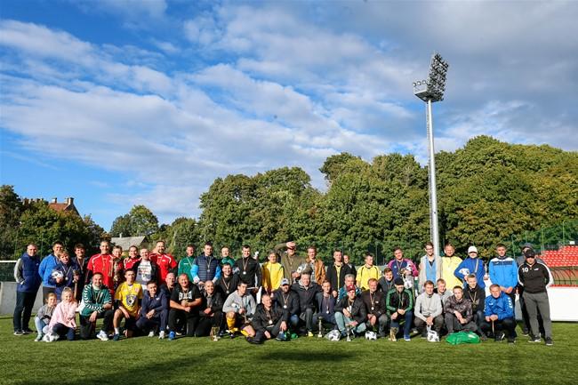 Tradicinis gatvės futbolo turnyras subūrė įvairias visuomenės grupes