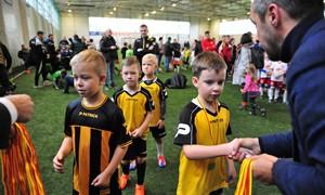 64 vaikų futbolo komandos šėlo manieže Kaune