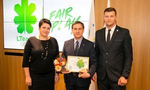 Jaunimo futbolo Etikos kodeksas pelnė LTOK apdovanojimą