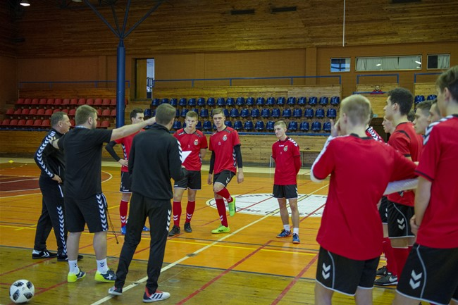 U-19 futsal rinktinė rengiasi rungtynėms su Latvija