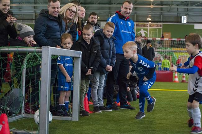 KAFF vaikų futbolo turnyre - šešiamečių ir jaunesniųjų pirmi medaliai