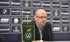"""V. Urbonas: """"Pasirinkti futbolininkai – pilnai tenkina"""""""