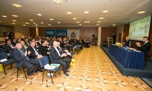 Stebėkite LFF eilinę konferenciją tiesiogiai