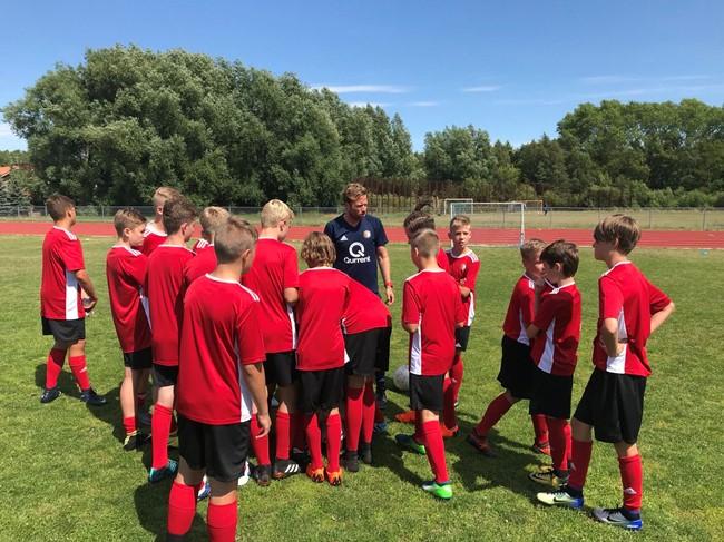 """Garsi """"Feyenoord"""" akademija vasarą ieškos jaunųjų talentų Lietuvoje"""