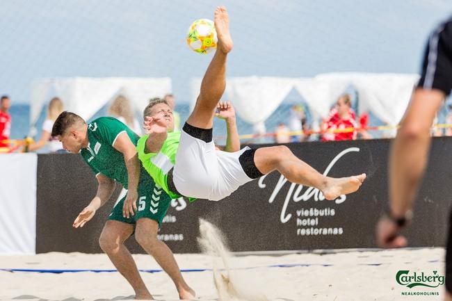 Skelbiama registracija į Lietuvos paplūdimio futbolo taurės varžybas