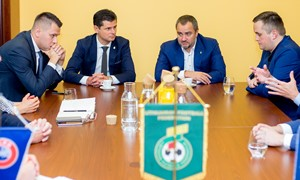 Su Ukrainos futbolo asociacijos atstovais aptarti iššūkiai sąžiningam žaidimui
