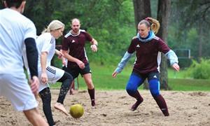 Kačerginėje – skirtingų profesijų atstovų futbolo turnyras