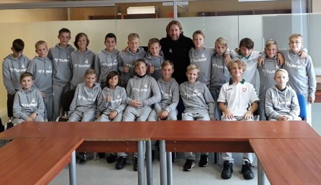 P. De Wilde palaiko Regionų pirmenybių komandą