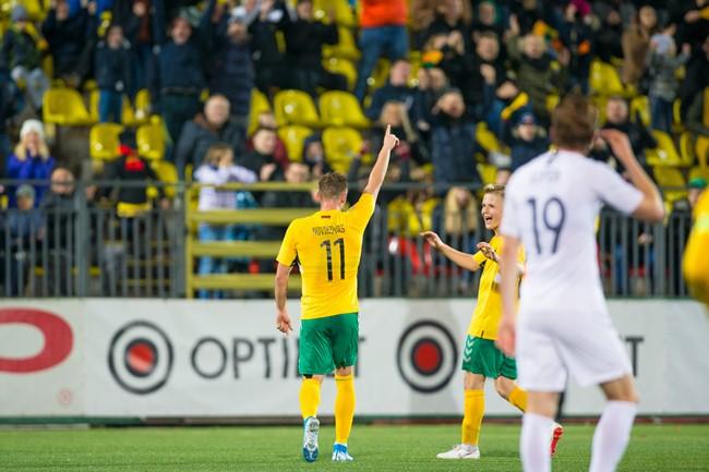 Lietuvos futbolo geriausiųjų rinkimų kategorijose liko po tris kandidatus