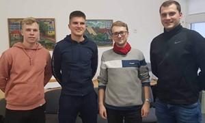 SHARP Elitinės jaunių lygos futbolininkai pasuko trenerių keliu