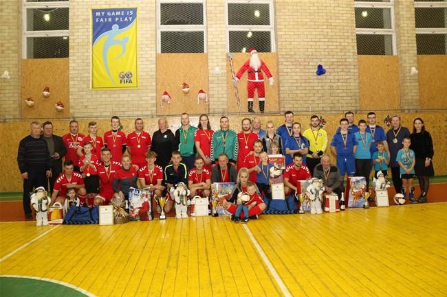 Kalėdinį šeimų turnyrą laimėjo Kaseliai