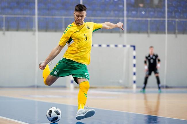 """V. Derendiajevas: """"Futsal komandos formuojamos bėgant metams"""""""