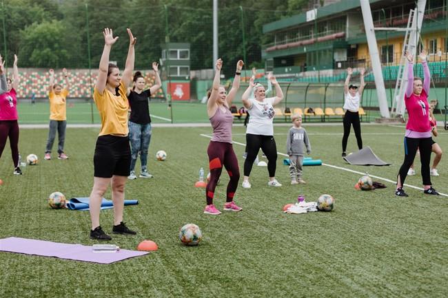 LFF stadione vyks moterų fitneso treniruotė su futbolo elementais