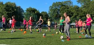 Moterų futbolo šventėje LFF stadione – dar daugiau dalyvių