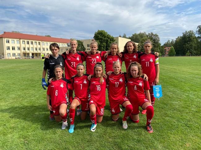 Merginų U-15 rinktinė pralaimėjo Baltijos taurę iškovojusioms estėms
