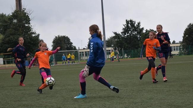 Startavo Lietuvos mergaičių futbolo čempionatai